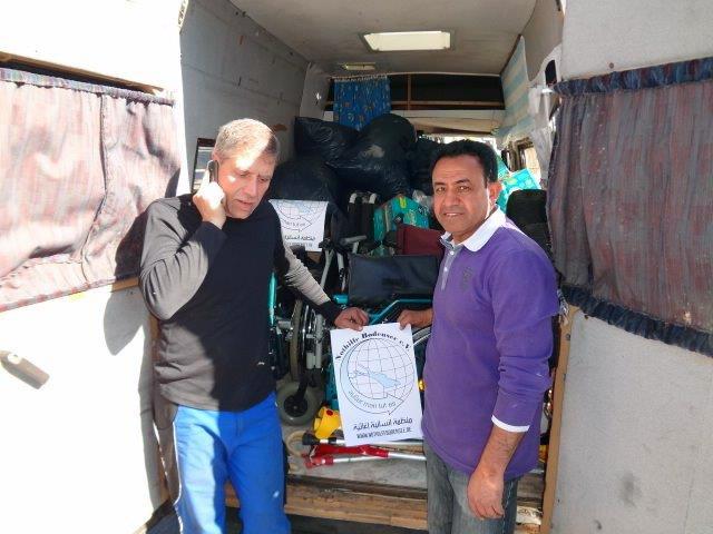 5 Busse fahren mit medizinischen Hilfsgütern von Konstanz nach Syrien.
